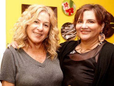 Neza Cesar e Paola Bonelli armaram sarau de arte na tarde dessa quinta-feira em São Paulo