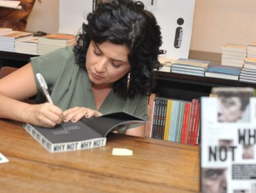 """Lançamento do livro """"Why Not"""", de Raquel Landim, agitou a Livraria da Vila nessa quinta"""