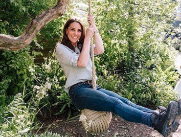 """Em carta endereçada a pais de crianças pequenas, Kate Middleton afirma que entende o """"sufoco"""" deles"""