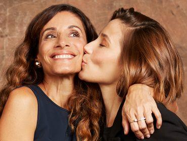 Mães compartilham momentos especiais e são surpreendidas em campanha do Iguatemi