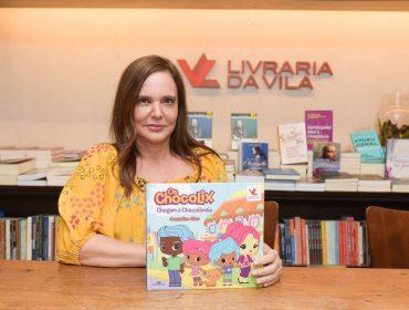 """Jacqueline Shor lançou a primeira edição do livro """"Os Chocolix"""" na Livraria da Vila, nesse sábado"""