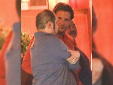 Mais novo solteiro do pedaço, Bradley Cooper é flagrado curtindo noitada com amigos