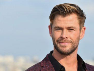 """Anos antes de se tornar o Thor da telona, Chris Hemsworth viveu """"bad financeira"""": """"Estava praticamente quebrado"""""""