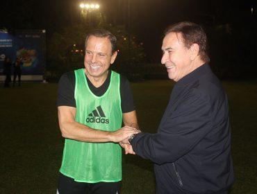 Governador João Dória junta celebs em sua casa para Futebol Solidário