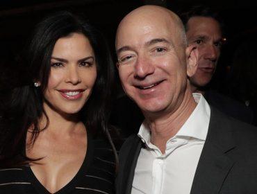 Lauren Sanchez e Jeff Bezos atraem olhares em restô badalado de Nova York. Vem saber!