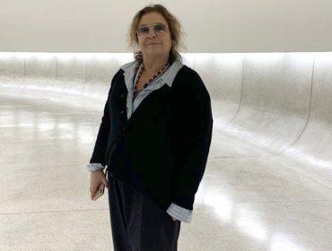 Museu Oscar Niemeyer, em Curitiba, recebe Joyce Pascowitch para visita para lá de especial