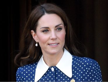 Cirurgião plástico britânico afirma que Kate Middleton é sua paciente e fã de toxina botulínica. Ela nega!