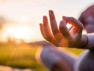Não vai viajar? Revista J.P entrega dicas para aproveitar o tempo livre com terapias para o corpo e a mente