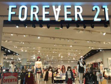 Forever 21 entra com pedido de recuperação judicial e fechará 350 lojas em todo o mundo. Aos detalhes!