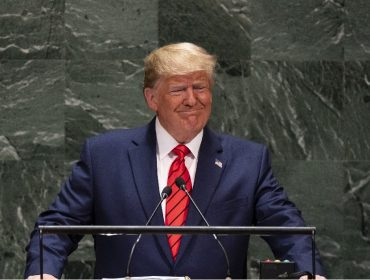 Bronzeado exagerado de Trump em discurso na ONU gerou 'piadinhas' entre diplomatas