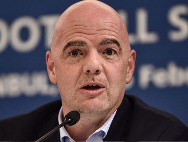 Presidente da FIFA faz apelo ao Irã em favor da presença de mulheres em jogos de futebol