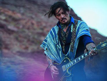 Dior pede desculpa por comercial de perfume com Johnny Depp caracterizado de nativo americano