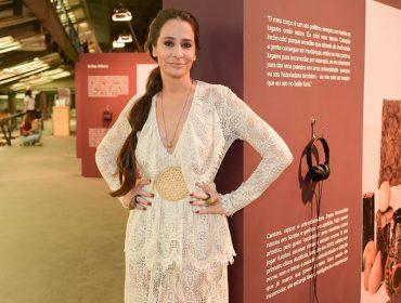 Paula Raia inaugura exposição 'Terrosidades' no CCSP
