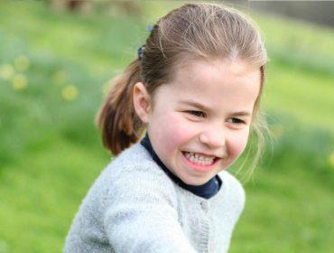 Prestes a entrar na escola, princesa Charlotte não vai receber tratamento especial dos professores