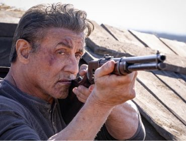 """Apesar das críticas, novo """"Rambo"""" poderá liderar as bilheterias dos EUA nesse fim de semana"""