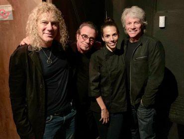 Descobrimos o point que Bon Jovi escolheu para um jantar 'secreto' em sua passagem por São Paulo. O menu?