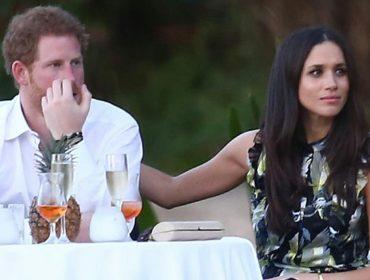 """Príncipe Harry revela sofrimento emocional com assédio dos paparazzi: """"Toda a vez que vejo um flash, lembro da morte da minha mãe"""""""
