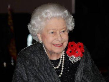 Rainha Elizabeth ou apenas Sharon? Conheça a identidade inusitada e 'secreta' da matriarca da Família Real Britânica