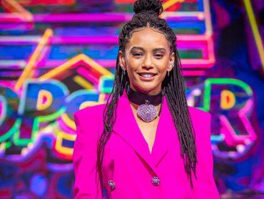 """Taís Araújo fala sobre sua relação com música e nervosismo com o """"Pop Star"""": """"Fico desesperada junto com eles"""""""