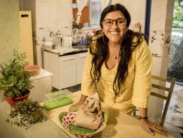 Regina Casé e elenco de 'Amor de Mãe' se emocionam com primeiro capítulo da novela. Vem ver!