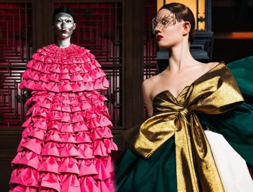 A top maquiadora Pat McGrath pinta modelos de prateado para desfile da Valentino em Pequim