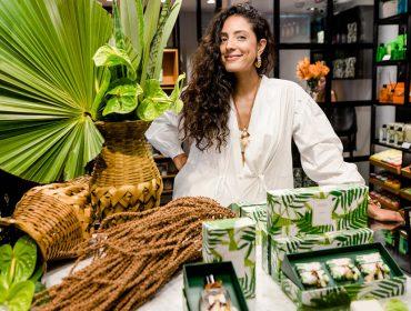 Julia Gastin celebra parceria com a Phebo em agito no Rio de Janeiro