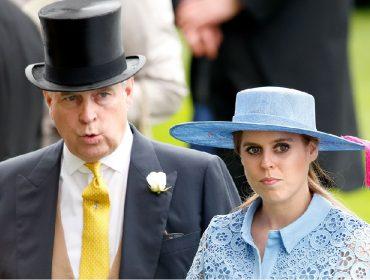 Responsável por orquestrar a fracassada entrevista do príncipe Andrew, Beatrice está arrasada
