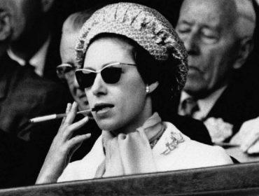 """""""The Crown"""" traz à tona os altos e baixos de uma das personagens mais intrigantes da família real britânica: a princesa Margaret"""