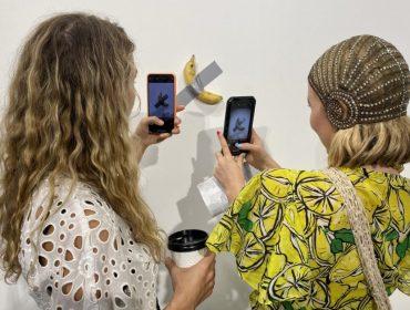 O item mais fotografado na Art Basel Miami foi banana vendida por R$ 626 mil