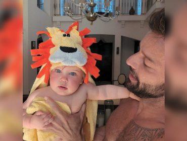 """Momento fofura! Ricky Martin compartilha foto da pequena Lucia, que está prestes a fazer 1 aninho: """"A dona dos meus sonhos"""""""