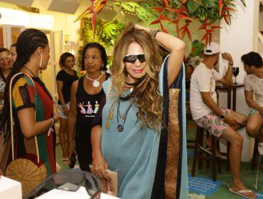 Elba Ramalho marca presença no segundo dia da Casa Glamurama Trancoso