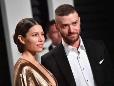 Jessica Biel obrigou Justin Timberlake a se desculpar publicamente depois de ser flagrado de mãos dadas com atriz