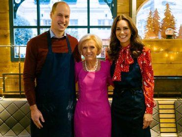 De avental e tudo, Kate Middetlon e o príncipe William gravam participação em programa culinário