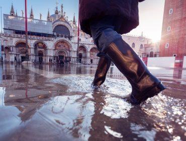 Veneza tem prejuízo de 1 bilhão de euros e sofre com cancelamentos e escassez depois de enchentes
