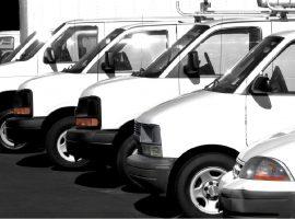 Rumor espalhado no Facebook deixou os americanos morrendo de medo de vans brancas. Entenda!