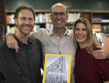 """Lançamento de """"Murais Cariocas"""" agita Livraria Argumento, no Rio"""