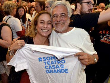 Classe teatral se une em Abraço ao Teatro Casa Grande, no Rio