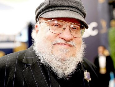 "George R. R. Martin revela que ""Game of Thrones"" quase virou trilogia para o cinema"