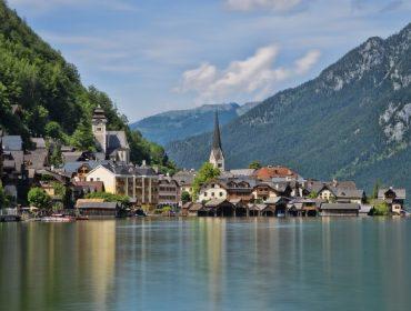 """Prefeito de cidade austríaca eleita a mais """"instagramável"""" do mundo quer se livrar de turistas"""