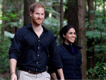 """Depois de """"escapar"""" das festas de fim de ano da rainha, Meghan e Harry voltam ao batente"""