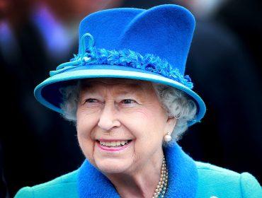 Elizabeth ll bate o recorde de rainha há mais tempo no trono da Inglaterra. Aos detalhes!