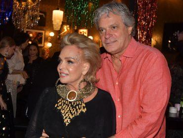 Helena Mottin comemora aniversário com festa em clima de Carnaval no Café Society