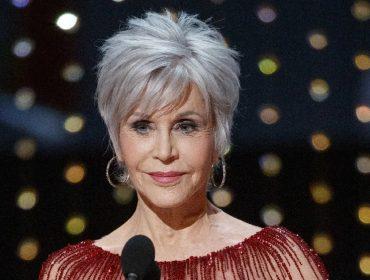 """Aos 82 anos, Jane Fonda revela que abriu mão das cirurgias plásticas: """"Não vou mais entrar na faca"""""""
