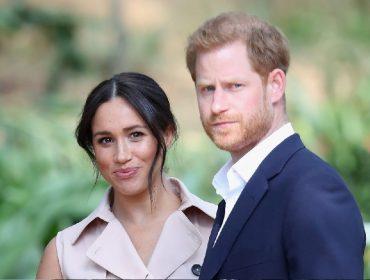 """Além da rainha, membros de entidades britânicas também cogitam dar um """"castigo"""" em Meghan Markle e Harry"""