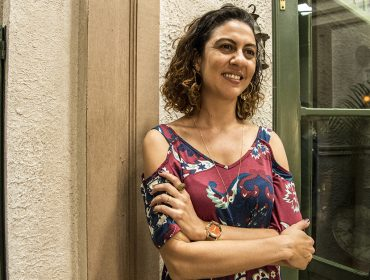 """Clarissa Pinheiro fala sobre reviravolta de Penha em """"Amor de Mãe"""": 'Queria que ela encontrasse a paz sem se envolver com bandidagem'"""