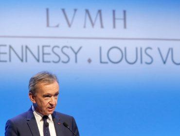 """Semana """"de cão"""" nas bolsas internacionais custou quase R$ 70 bi ao homem mais rico da França"""
