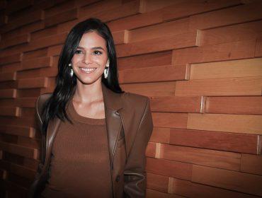 """Bruna Marquezine é a estrela de """"Vou Nadar até Você"""" que ganhou pré-estreia no Iguatemi"""