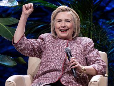 Hillary Clinton revela que produções da Broadway a ajudaram a superar derrota para Trump