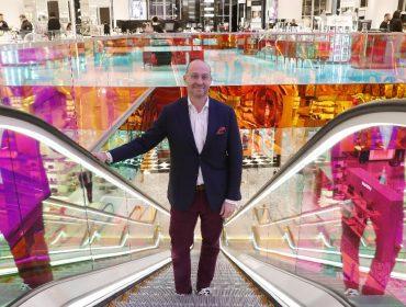 CEO da Saks Fifth Avenue avisa que suas lojas estão protegidas do Covid-19. Como?
