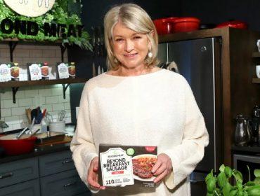 """Fabricante de carne vegana dos EUA recebe a """"benção"""" de Martha Stewart, diva das donas de casa do país"""